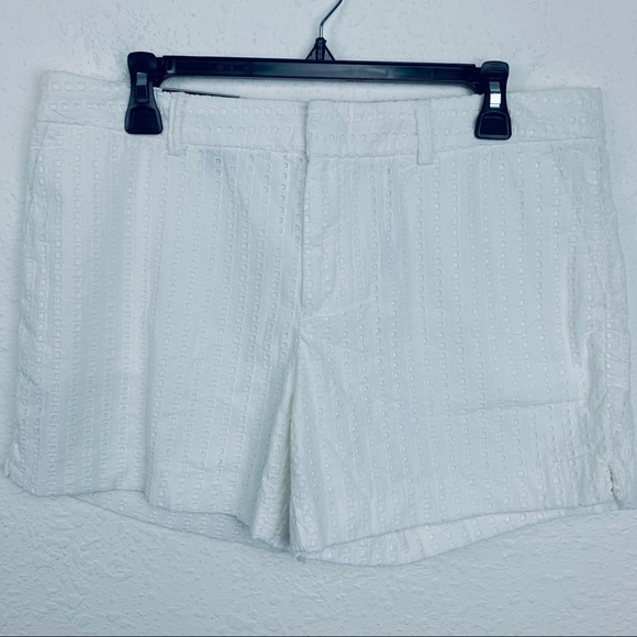 Banana Republic Pants - Banana Republic Shorts. Size 10 NWT